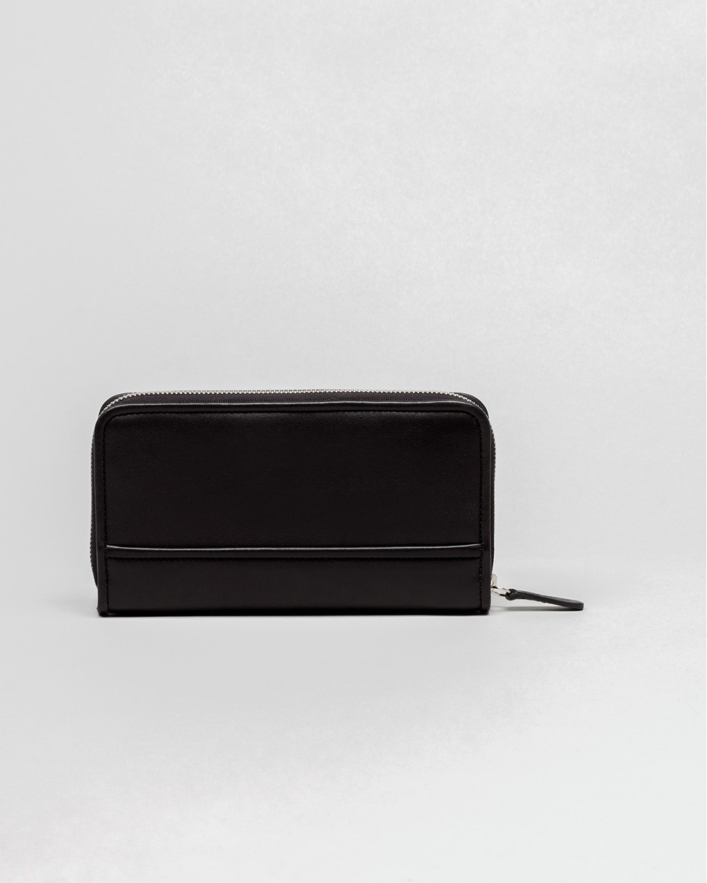 Basic Zipped Wallet